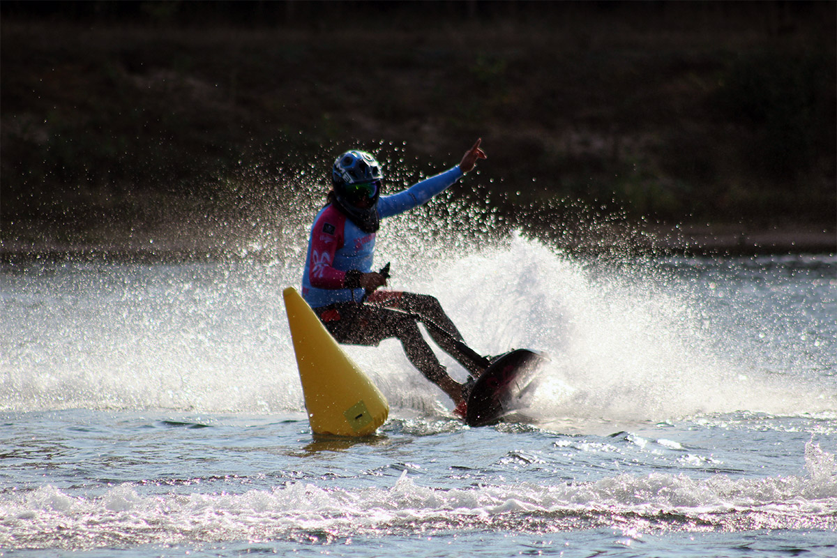 Nautik Gate: Jet Surf Buoy